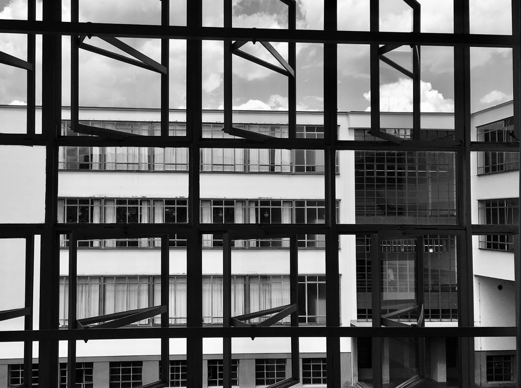 Dr.Eckart Walther: Bauhaus in Dessau